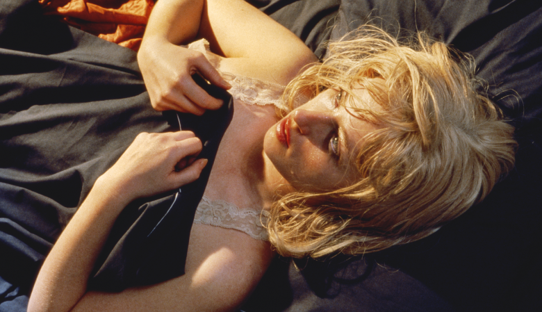 Cindy Sherman Untitled #93, 1981 Chromogener Farbabzug 24 x 48 in. | 61 x 121,9 cm Astrup Fearnley Collection, Oslo, Norway Courtesy of the artist and Metro Pictures, New York
