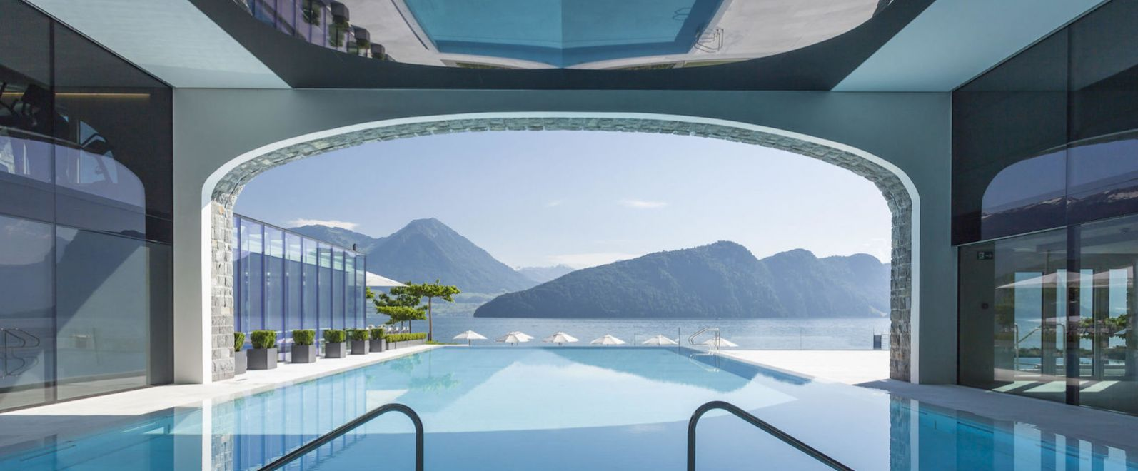 White Line Hotels - Luxury Hotel in Switzerland, Pool, Alps, Park Hotel Vitznau