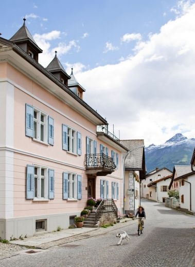 Dinky Luxe: Small Design Hotel - Villa Flor Engadin Switzerland