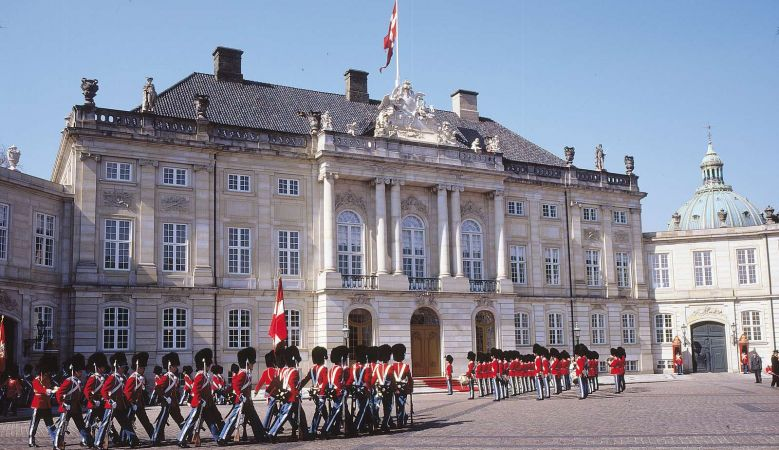 Copenhagen, Denmark, must-see, tour, guide, Amalienborg Palace