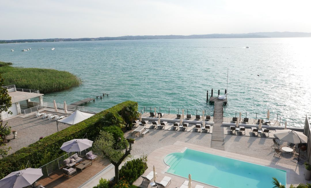 Outsoor private pier overling the lake | Aqva Boutique Hotel in Sirmione, Lake Garda