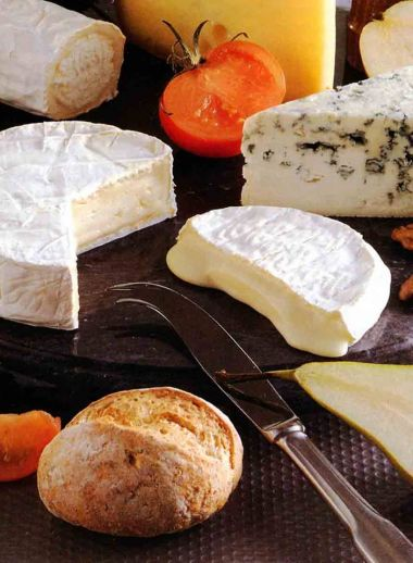 Chateau de Laconnex - Swiss Cheese board - Food Guide to Geneva, restaurant, best places to dine
