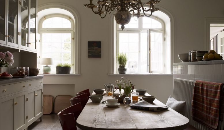 Kitchen tabel of the Ett Hem Stockholm, furnishings designed by Ilse Crawford