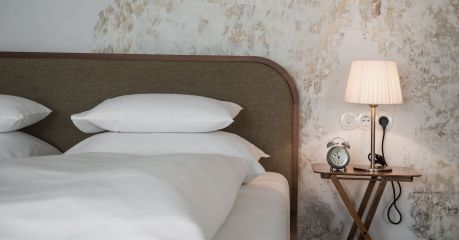 Gasthaus Reichhalter 1477 Lana, South Tyrol - new design hotel guesthouse Italy