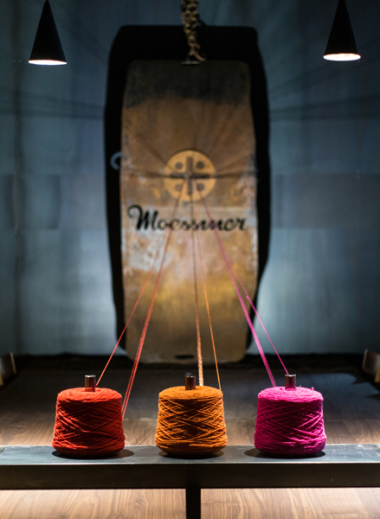 Spun wool in bright colours for Moessmer, South Tyrol