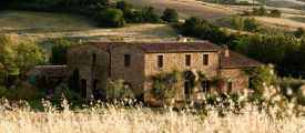 FOLLONICO B&B is a romantic, boutique guesthouse in Montefollonico, Tuscany