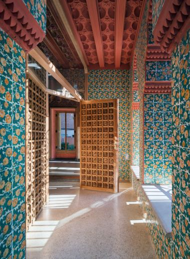 Casa Vicens Barcelona by Antoni Gaudí, interiors, catalan architecture