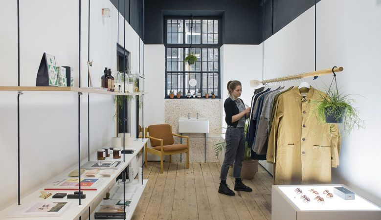 Kestin Hare Store - Custom Lane in Edinburgh's port-town, Leith, is a collaborative platform at heart, a buzzing hub to the communities of design and hotbed of culture for the very best of Design in Scotland. Inside, GRAS