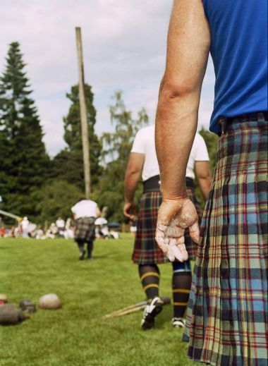 GB. Scotland. Inveraray. Highland Games. 2006.