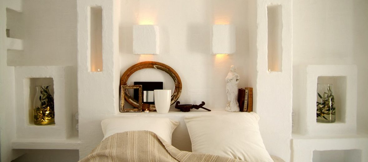 Dinky Luxe - White design interiors of boutique hotel Masseria Cimino Puglia in Italy