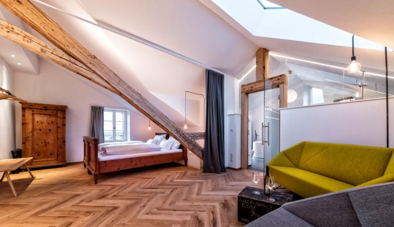 Niedermairhof Bed & Breakfast Brunico South Tyrol, designer boutique farmhouse