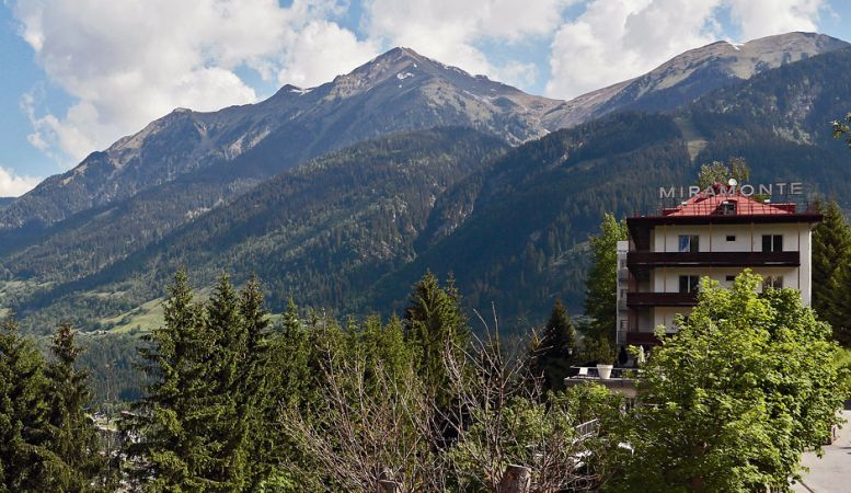 Hotel Miramonte Bad Gastein - view of the hotel against the mountains, Austria