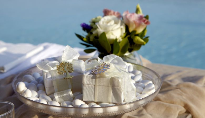 Wedding in Tinos - table decoration at the venue of Diles & Rinies on the Greek island