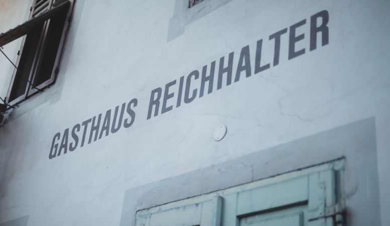 Gasthaus Reichhalter 1477 Lana, South Tyrol - new design hotel guesthouse Italy by architect Zeno Bampi