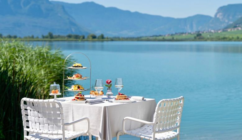 Lakeside Dining at the seventies Seehotel Ambach in Caldaro/Kaltern South Tyrol Italy