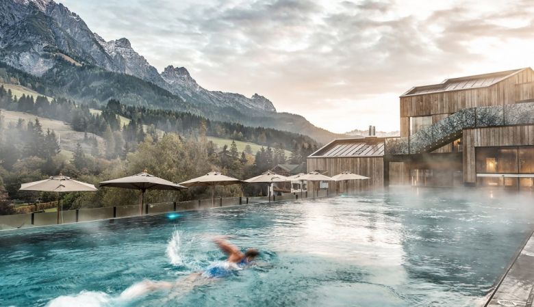 Yoga escapes in leogang austria white line hotels for Design hotel leogang