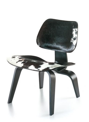 LCW chair by Charles & Ray Eames from Vitra - found at Spoor.62 Bed & Breakfast hotel, west Flanders