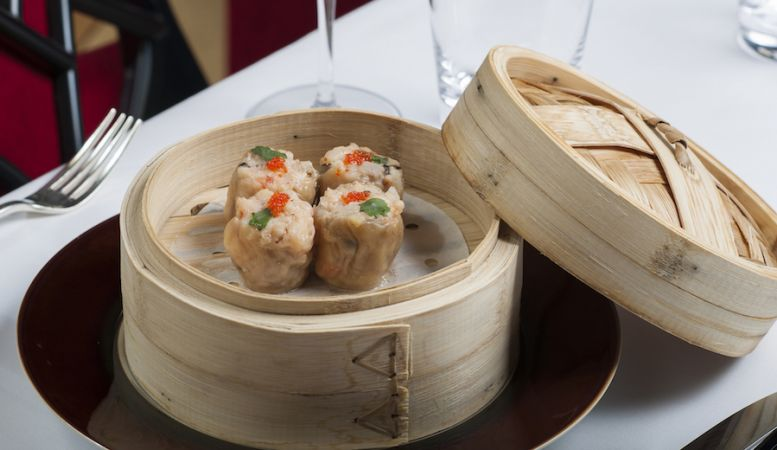 Delicious Cantonese gourmet foods at Le Tsé Fung Restaurant, 1 Michelin star